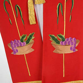 Liturgical stole with JHS, ear of wheat, grapes and host s4