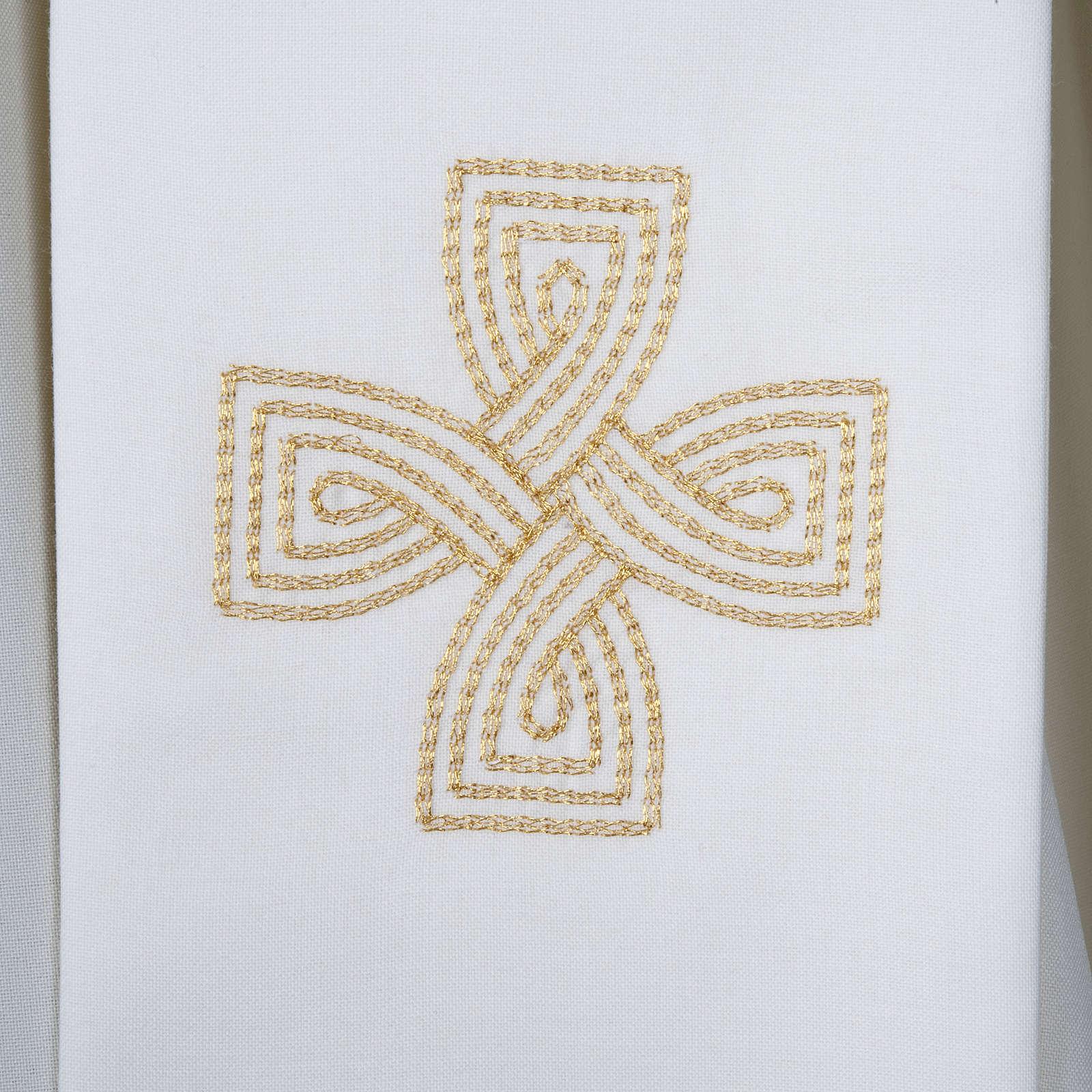 Estola cruz dourada e motivo entrelaçado 4