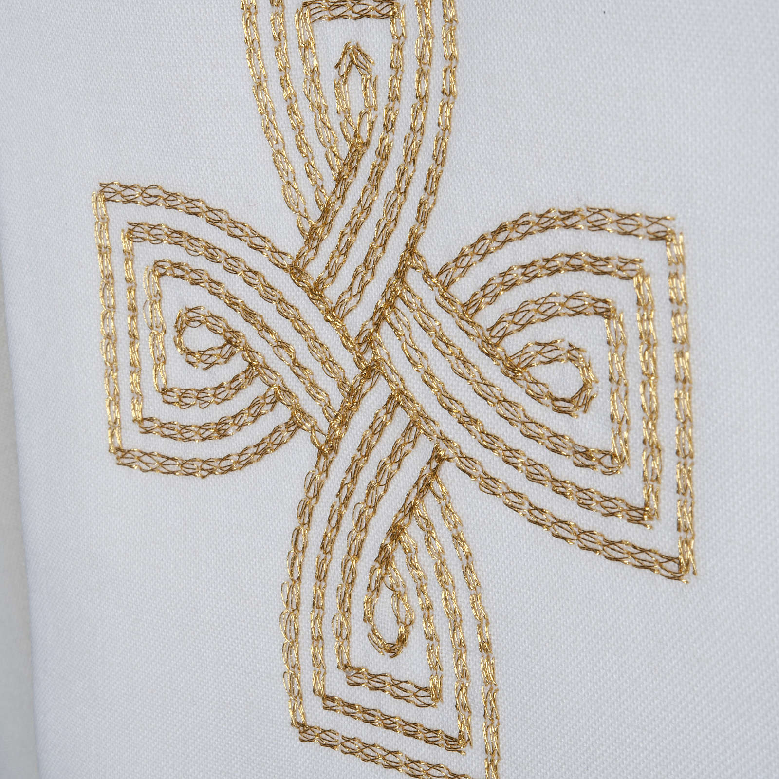Priest Stole with golden cross and interlaced embroidery 4