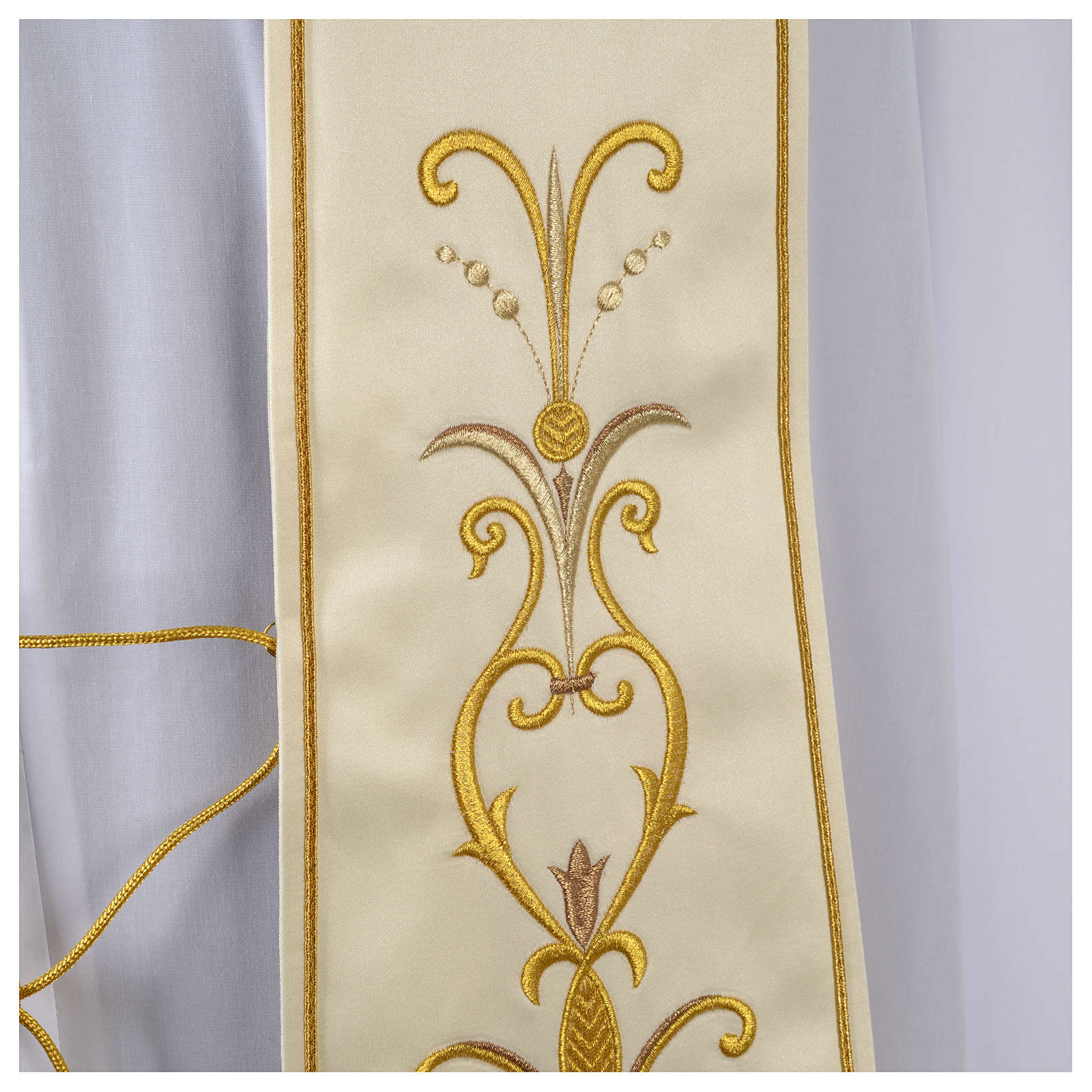 Clergy Stole in satin with floral embroidery 4