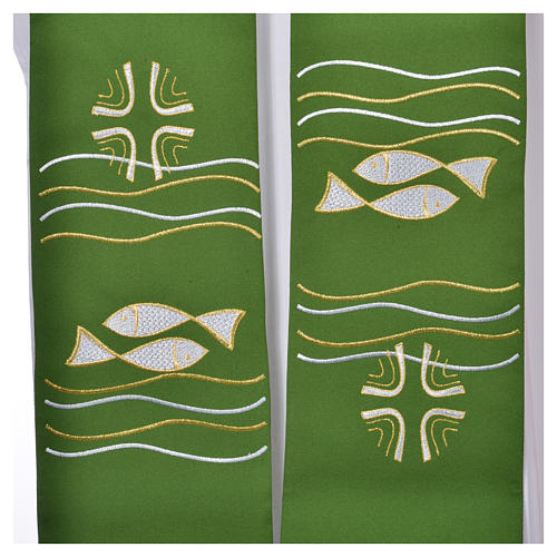 Étole 80% polyester 20% laine décor poissons et croix 2