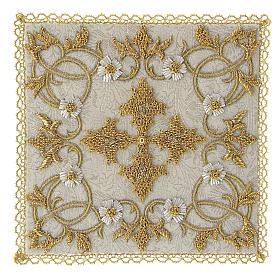 Linges d'autel: Couvre-calice (pale) en damas entièrement brodé à la main