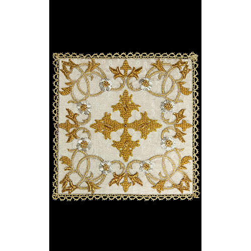 Couvre-calice (pale) en damas entièrement brodé à la main 1