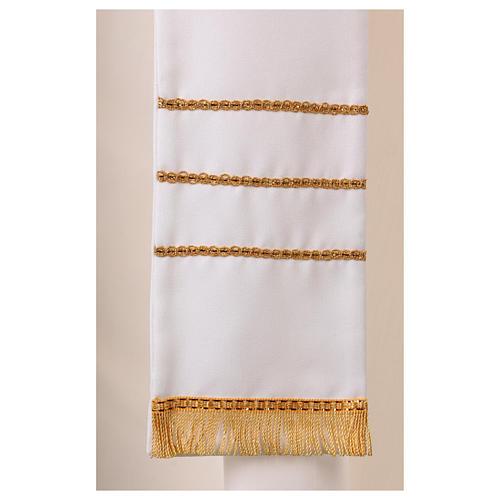 Stola bianca con ricamo a mano in lana Monastero Montesole 3
