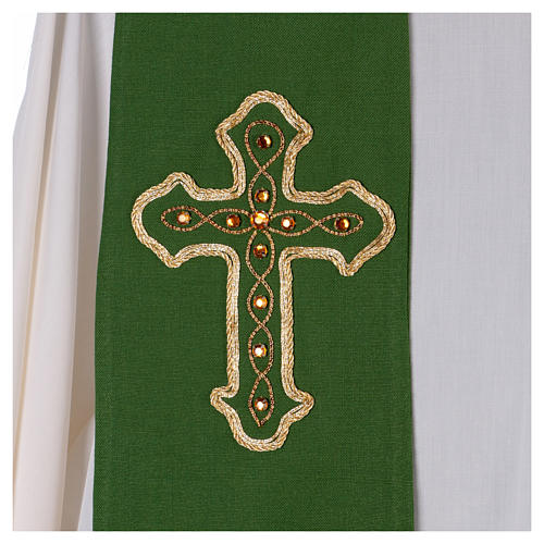 Stola in pura lana ricamata a mano verde Monastero Montesole 2