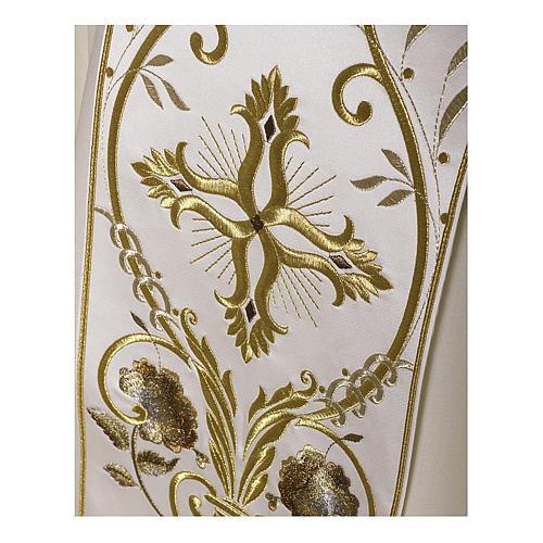 Casula color oro in pura lana ricamata direttamente sullo stolone 2