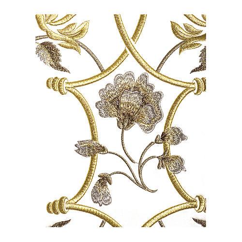 Casula color oro in pura lana ricamata direttamente sullo stolone 3