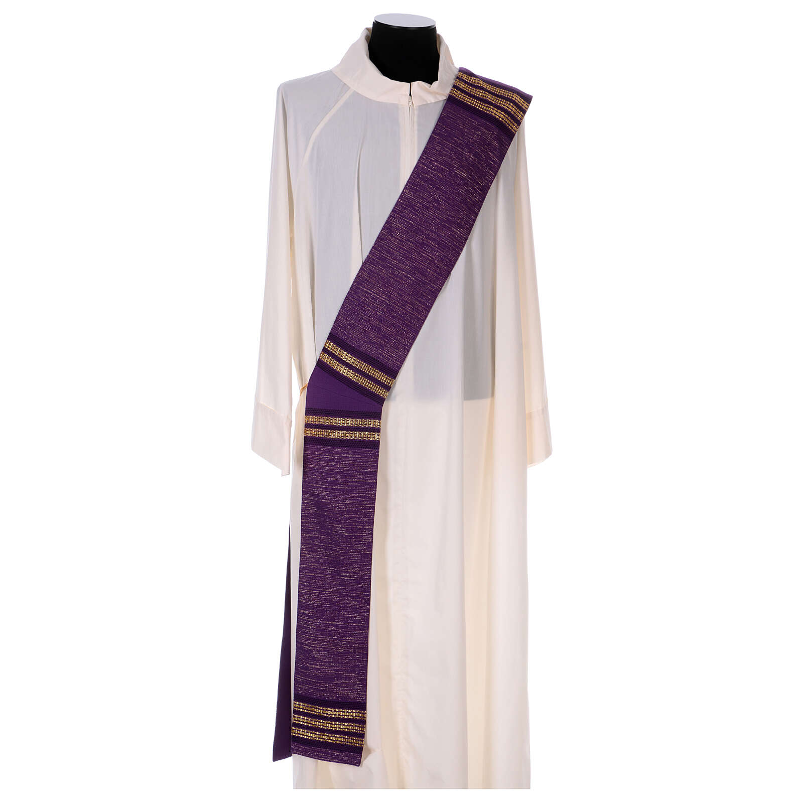 Deacon stole with golden chain detailing 64% wool 26% acrylic 10% lurex 4