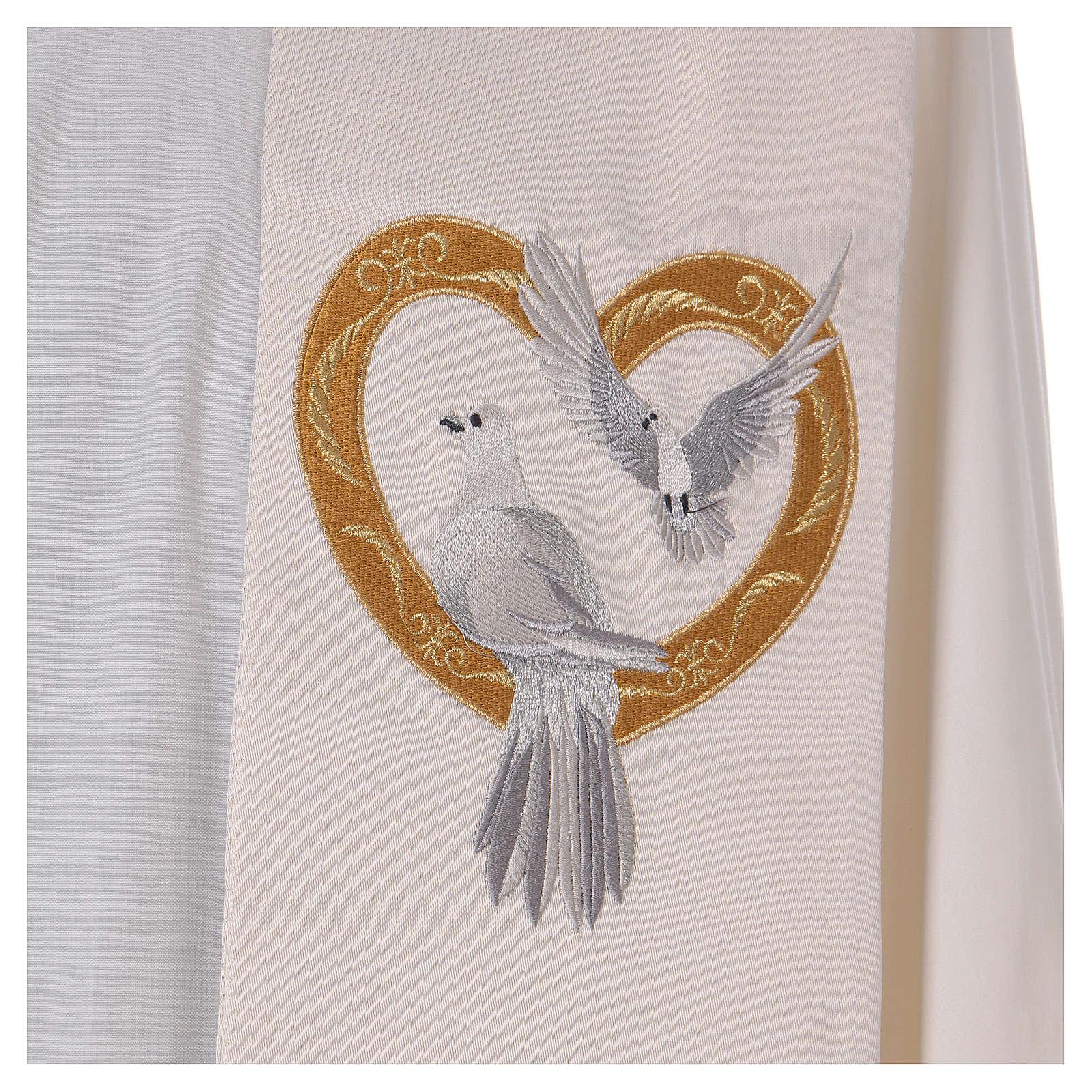Étole ivoire avec colombes et coeur doré 100% polyester 4