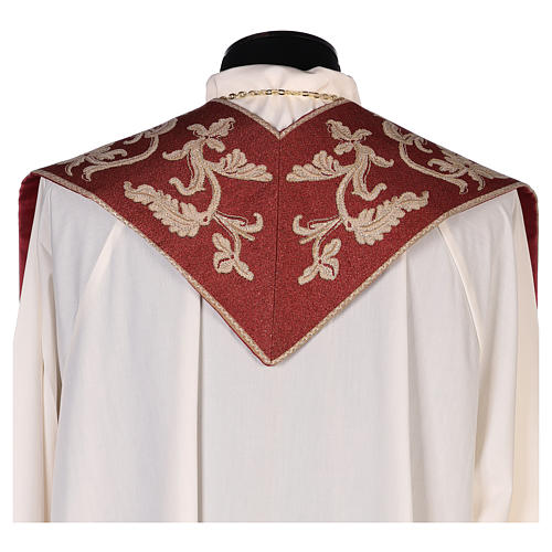 Étole Saint Esprit rouge avec décorations en fil doré 3