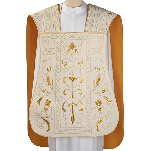 Roman chasuble with golden embroidery 1