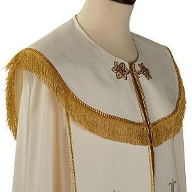Chape liturgique blanche avec croix stylisées s3