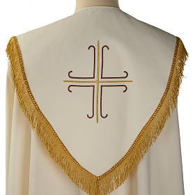 Chape liturgique blanche avec croix stylisées s6