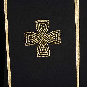 Chape liturgique croix dorées, noire violette s4