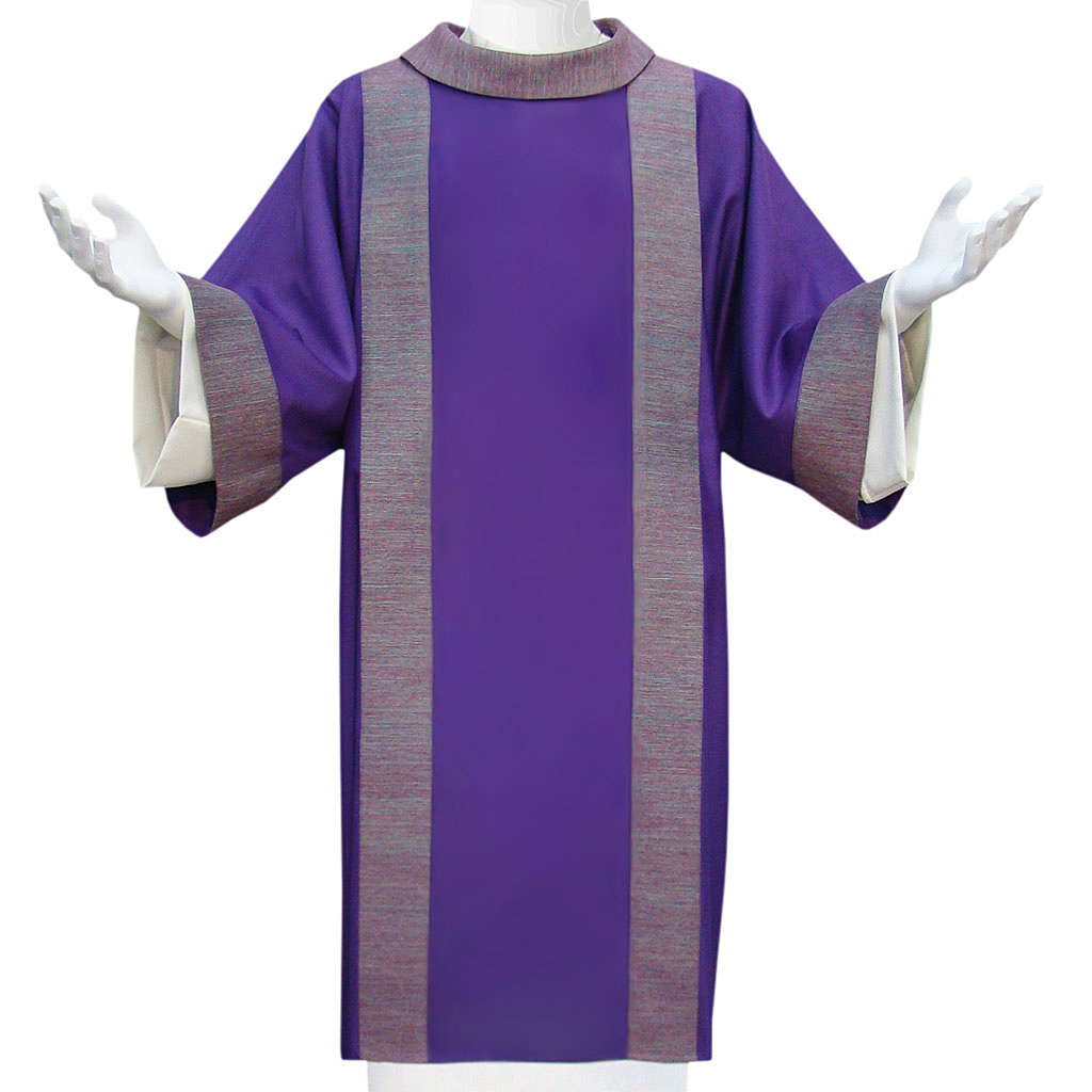Deacon Dalmatic in pure wool with embroidery in pure silk 4
