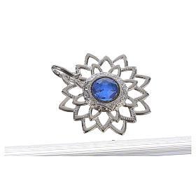 Broche sobrepelliz plateado con piedra azul s2