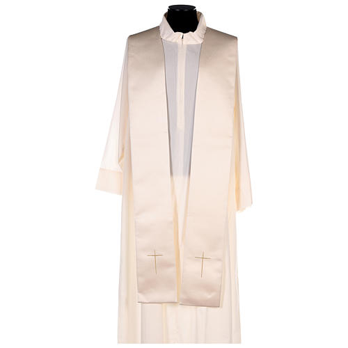 Cope in 80% cream polyester with gold embroidery 6