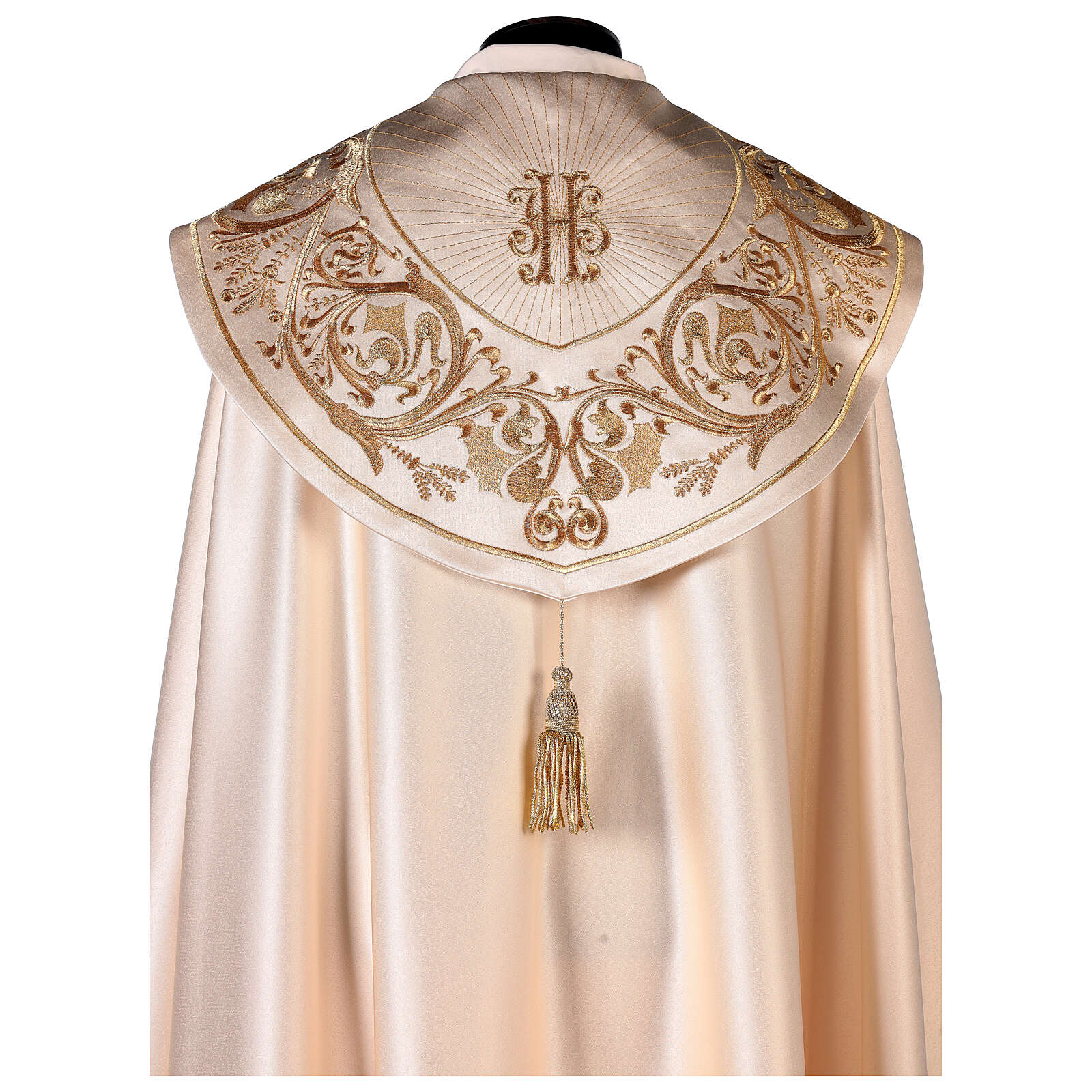Cope in 80% cream polyester with gold embroideries 4