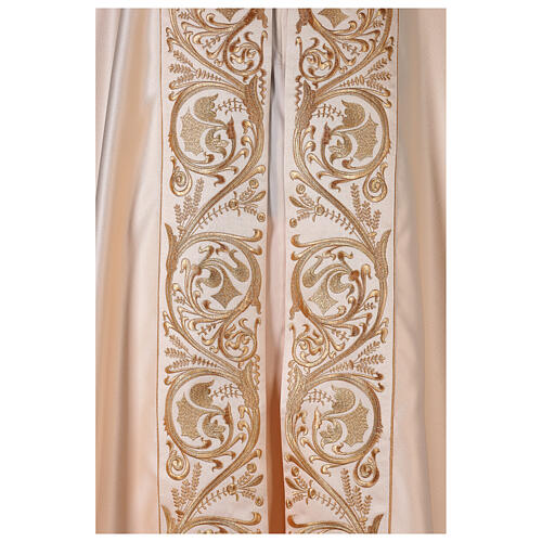 Cope in 80% cream polyester with gold embroideries 3