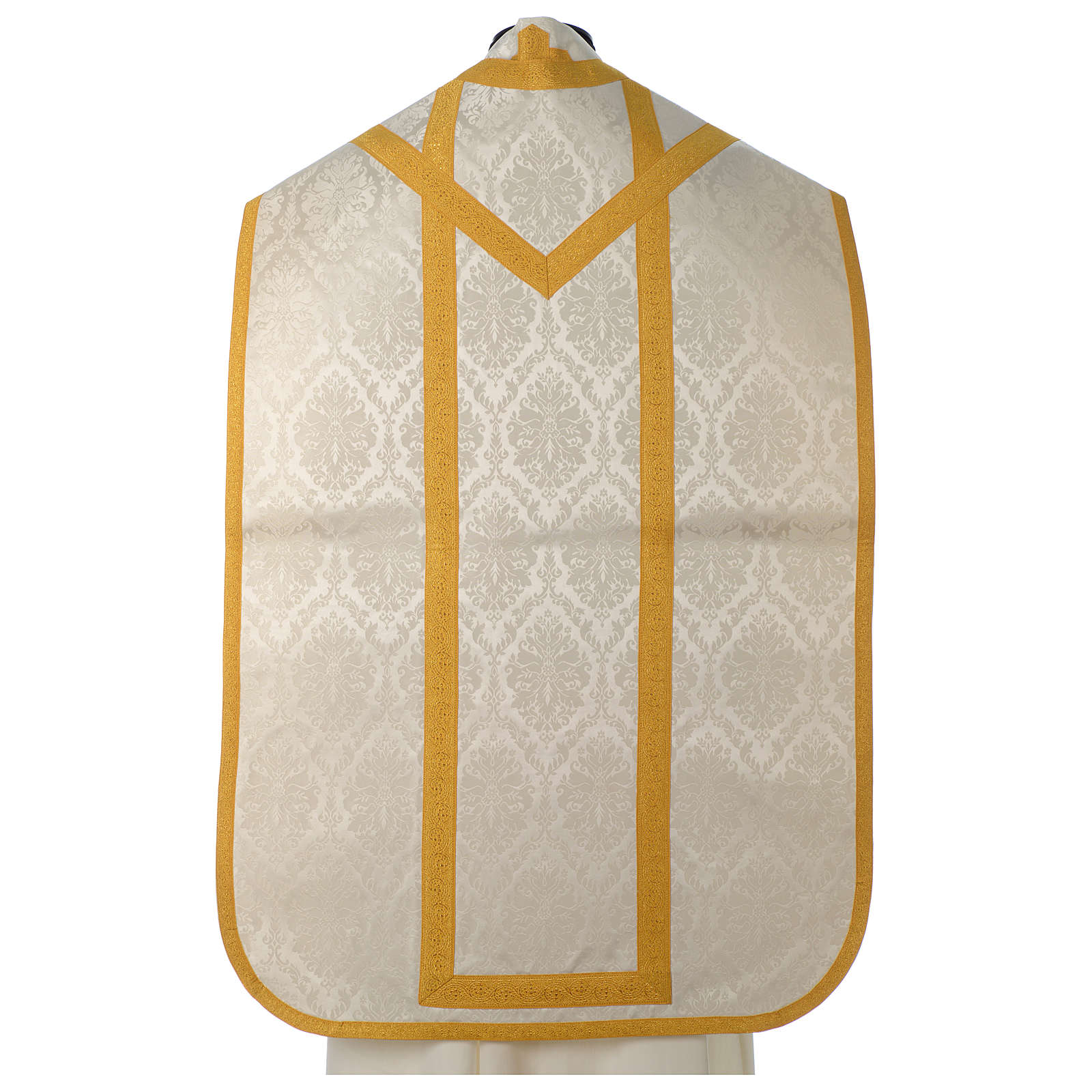 Roman chasuble in damask fabric with satin lining and golden braided edges 4
