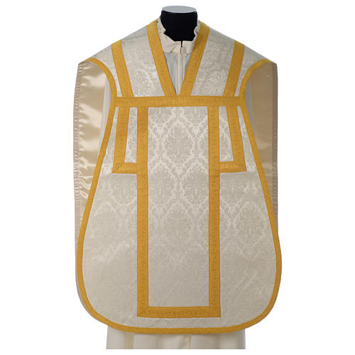 Roman chasuble in damask fabric with satin lining and golden braided edges 1