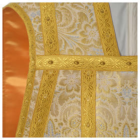 Roman chasuble in golden brocade fabric and satin lining, gold s2