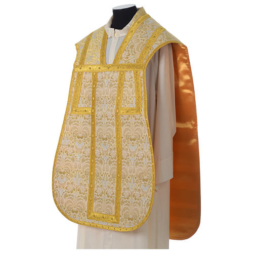 Roman chasuble in golden brocade fabric and satin lining, gold 3