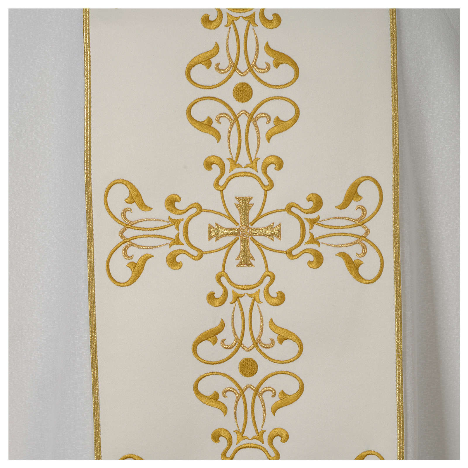 Dalmatica avorio stolone ricamato oro 4