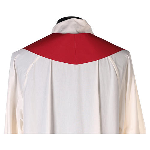 Chape 100% polyester brodée machine croix et riches motifs décoratifs 10