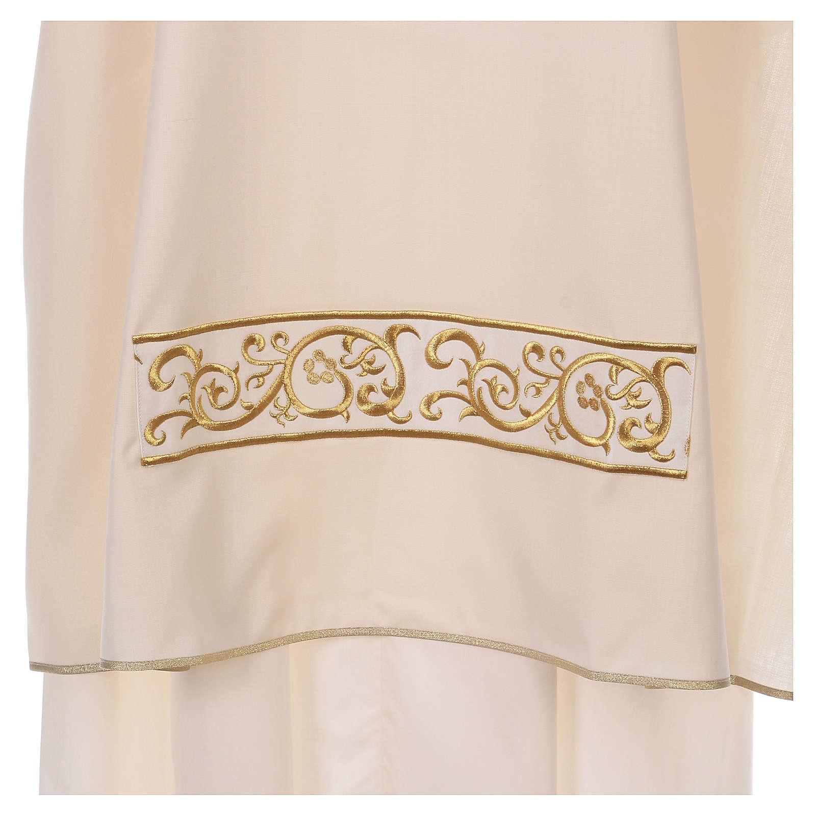 Dalmatik, Farbe elfenbein, 100% Wolle, Borte mit goldfarbenen Stickereien 4