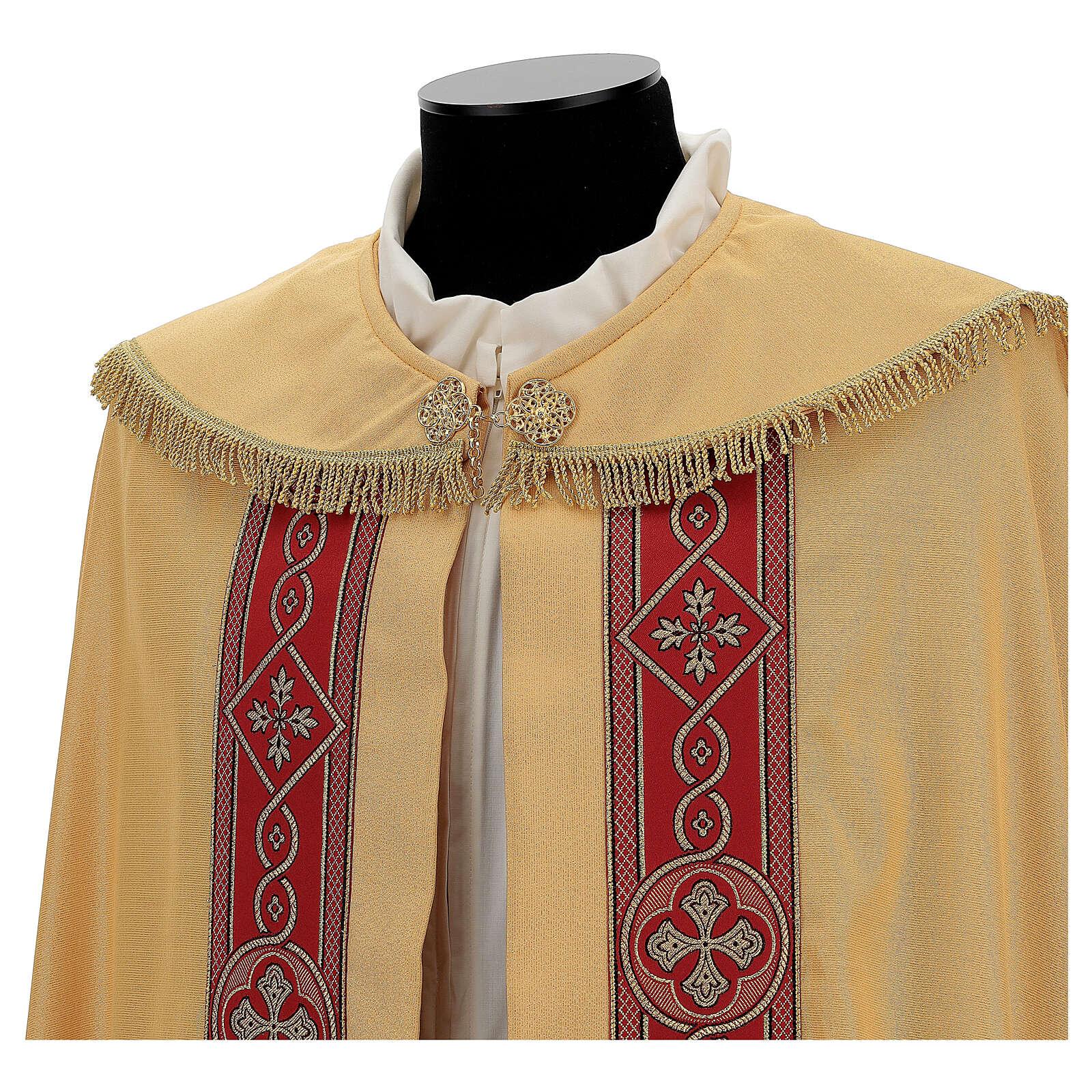 Capa pluvial lamé de poliéster y lana con entorchado aplicado 4