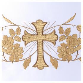 Toalha de altar 165x300 cm bordados dourados, flores e cruz central s2