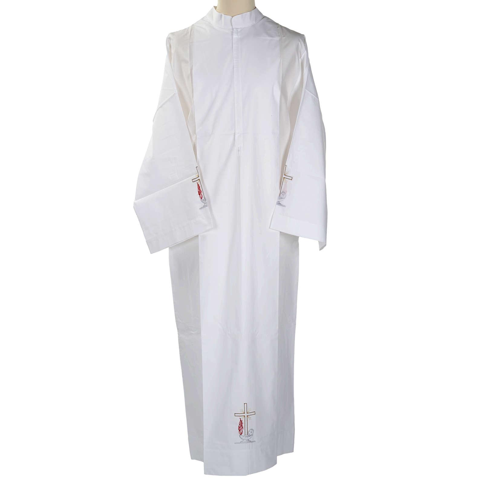 Camice bianco cotone croce e lampada 4