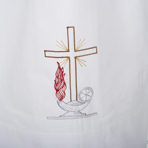 Camice bianco cotone croce e lampada 2