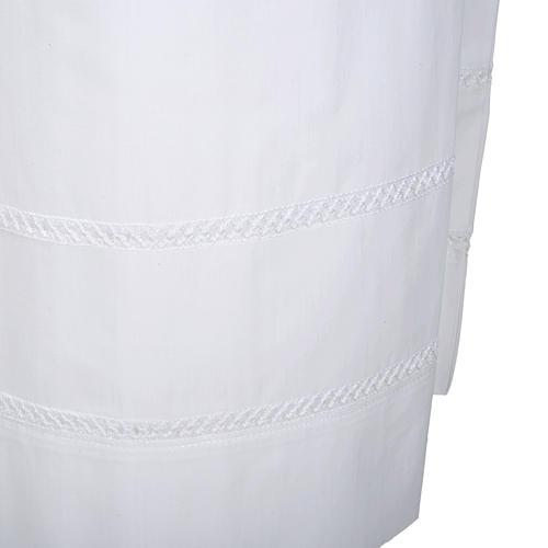 Alba blanca en algodón con decoraciones blancas 3