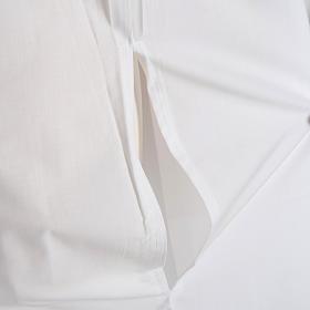 Alba blanca en algodón con rodete dorados s6