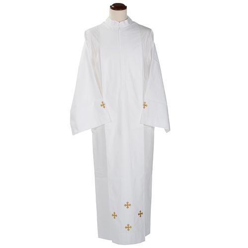 Alba blanca de lana cruces decoradas 1