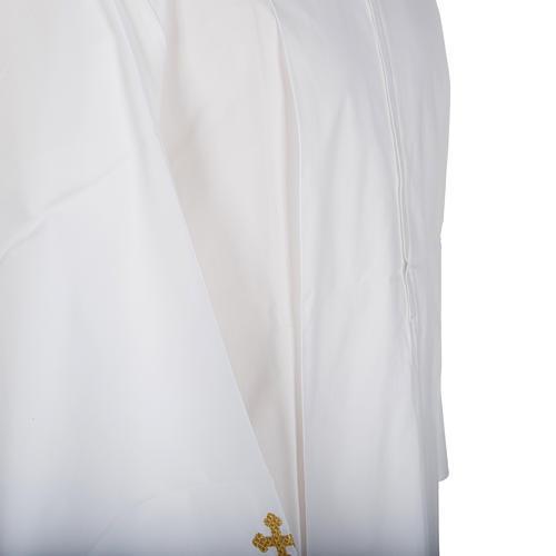Alba blanca de lana cruces decoradas 3