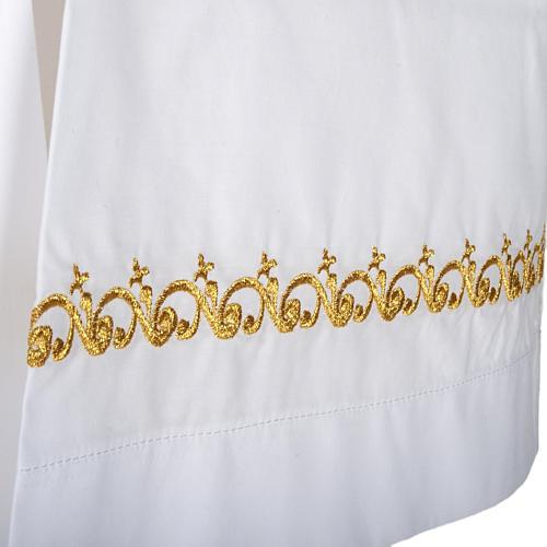 Camice bianco lana decori dorati 2