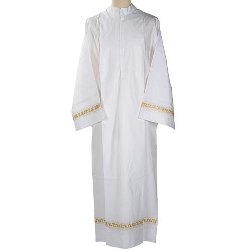 Camice bianco lana decori torciglioni dorati 1