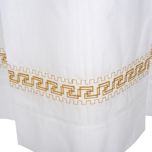 Camice bianco lana decori torciglioni dorati 3