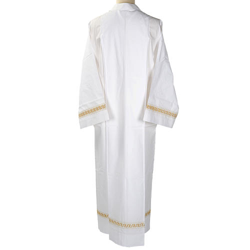 Camice bianco lana decori torciglioni dorati 5