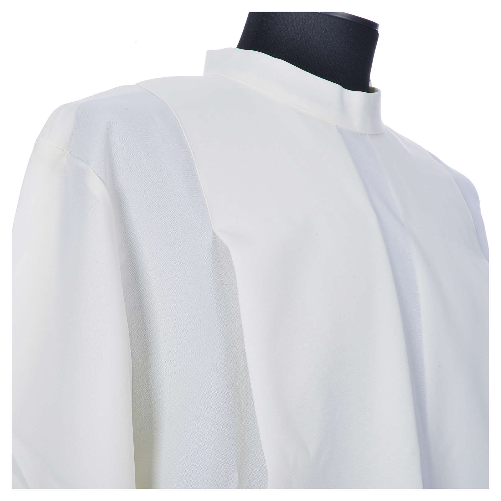 Ivory alb in polyester, gigliuccio hemstitch, zipper on shoulder 4
