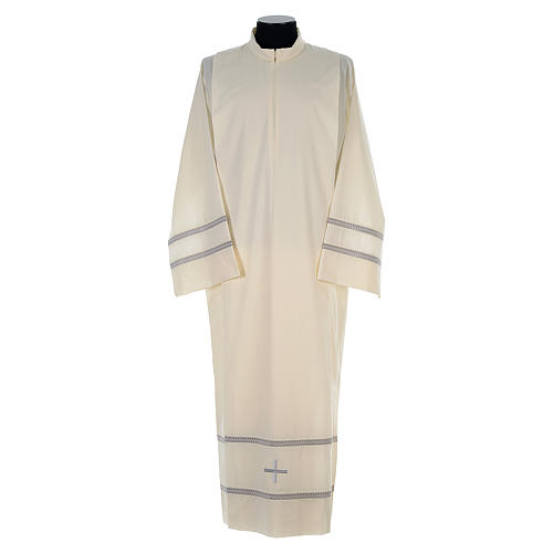 Liturgical alb with cross and gigliuccio hemstitch 1