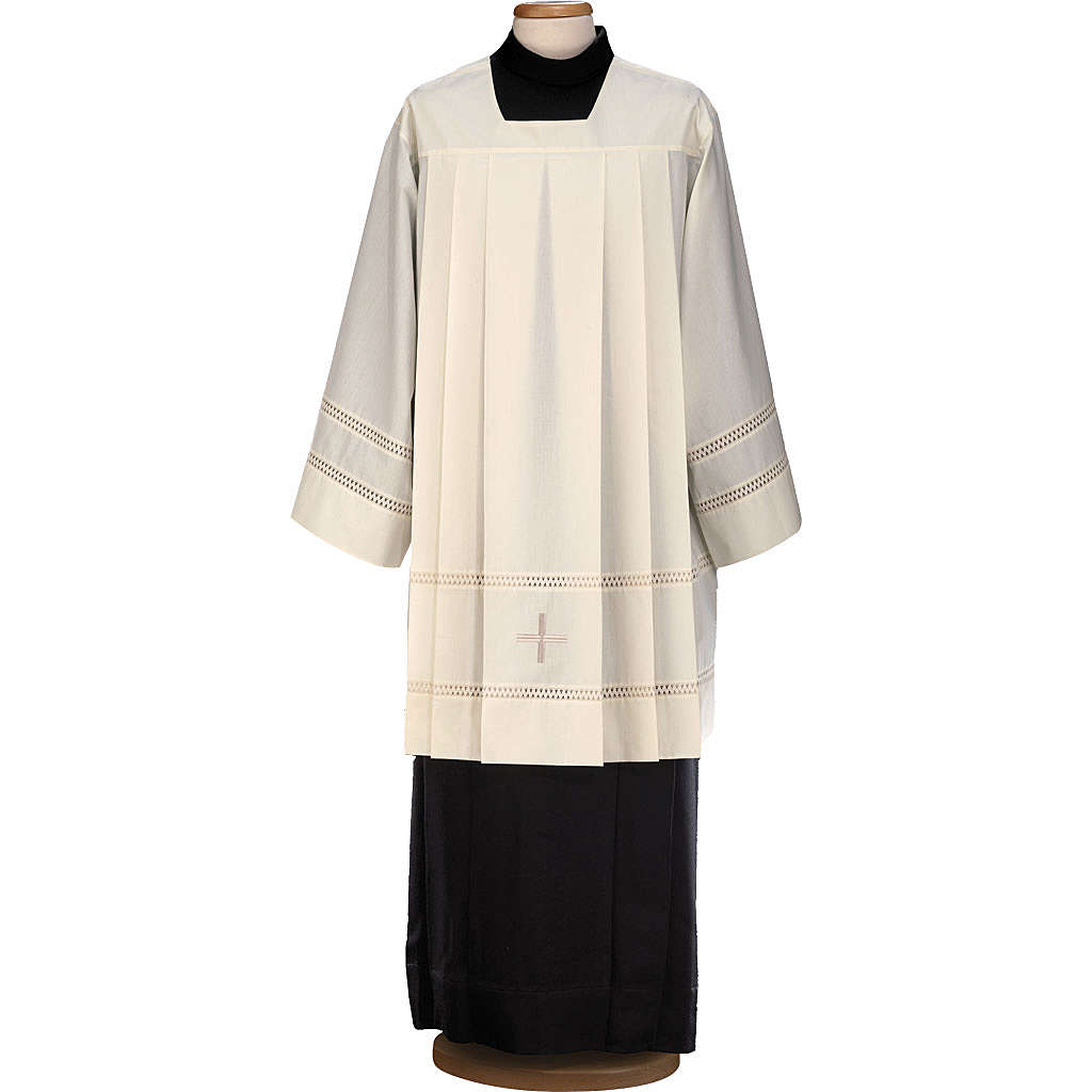 Liturgical surplice, with cross and gigliuccio hemstitch 4