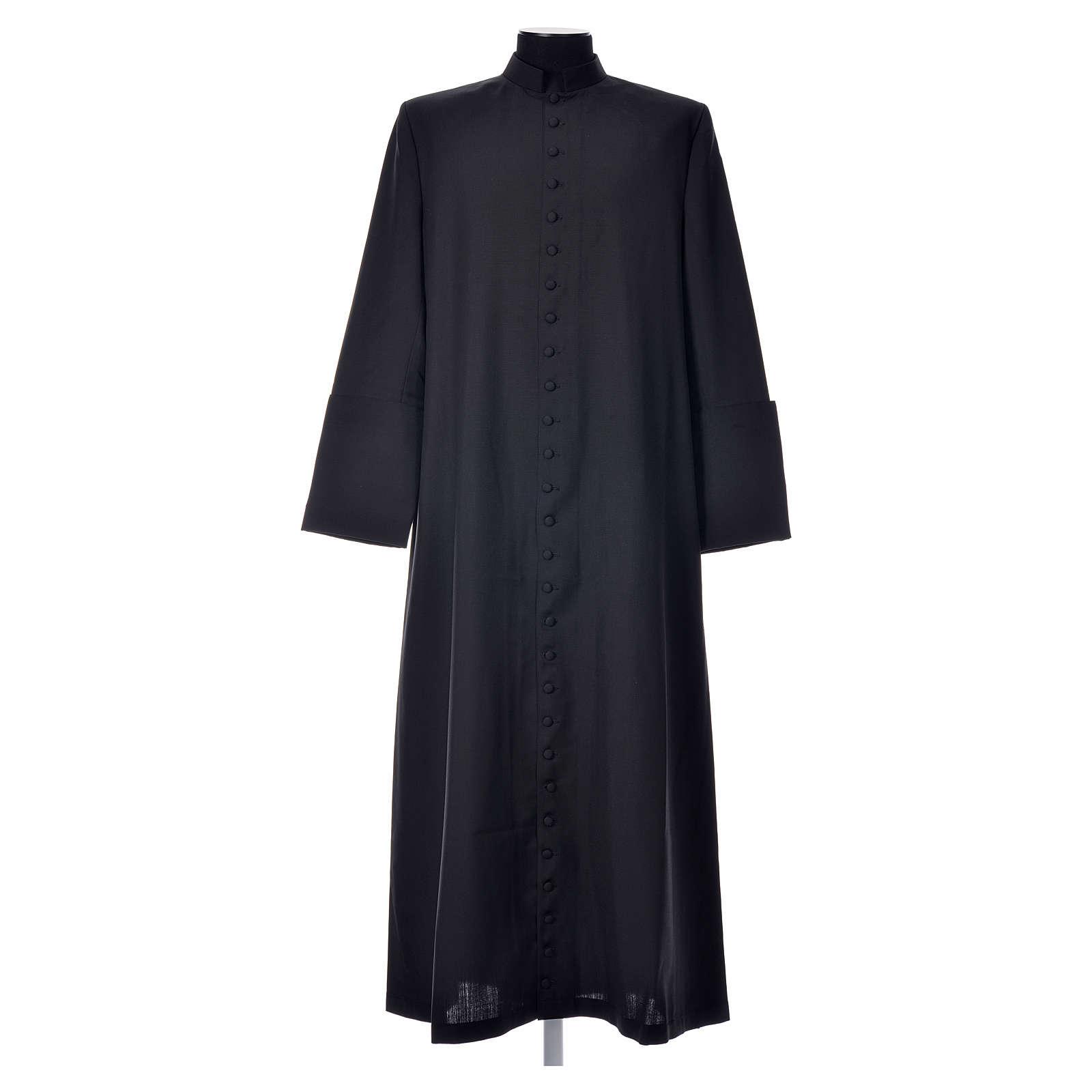 Soutane en laine noire avec boutons couverts 4