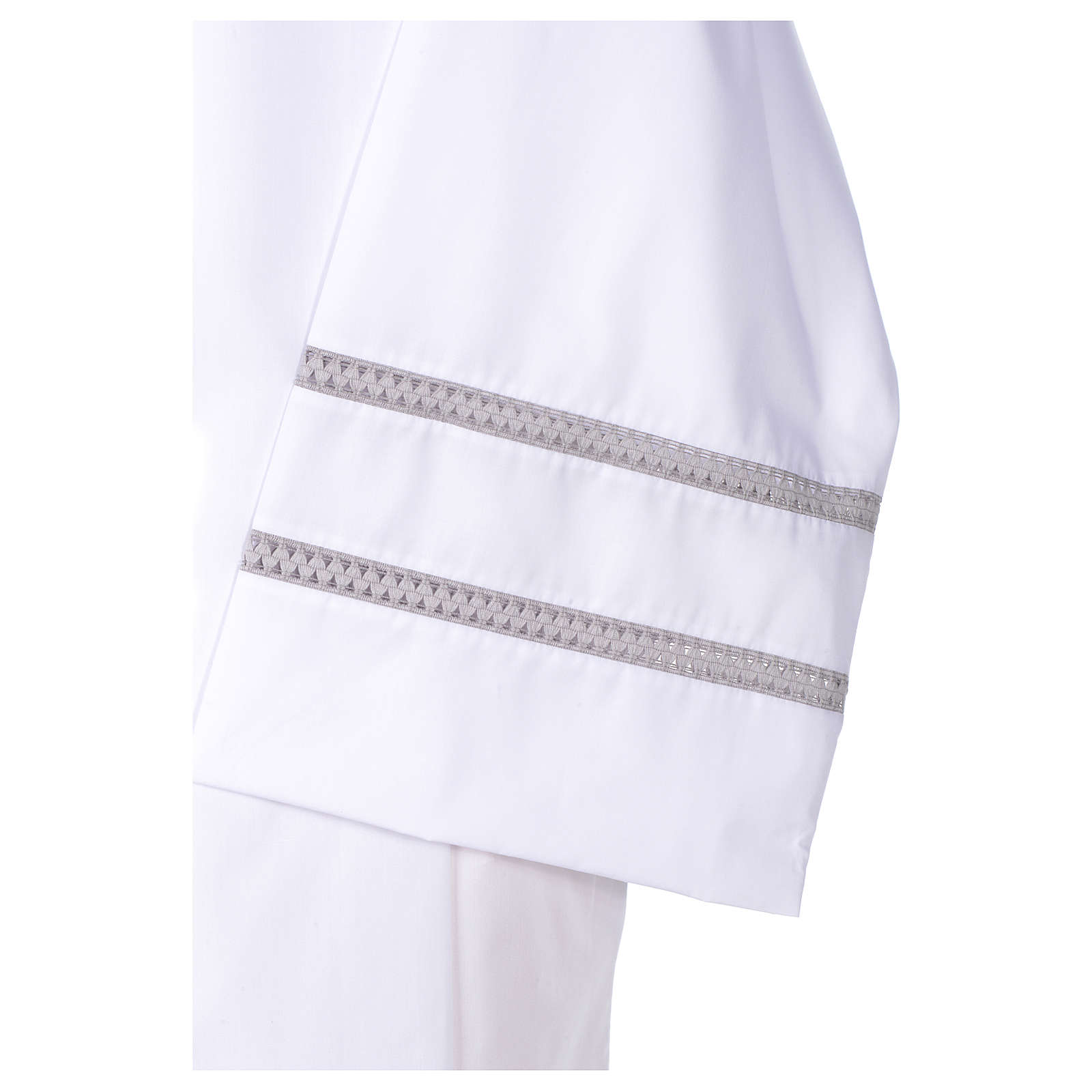 White liturgical alb with cross and gigliuccio hemstitch 4