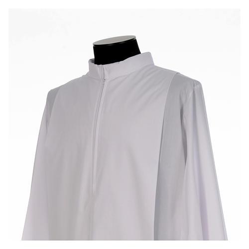 Alba blanca con pliegues y cuello solapa algodón mixto 4