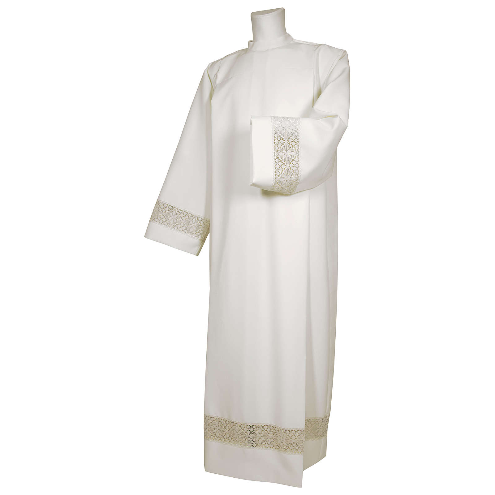 White alb 65% polyester 35% cotton with decoration on the sleeve and lace and crochet partition with zip on the front 4