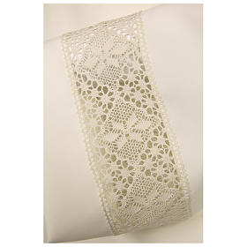 Ivory alb 100% polyester with decoration on the sleeve and lace and crochet partition with zip on the front s2